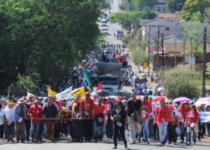 Caminhada da Romaria fez lembrança as famílias despejadas de Pinhão