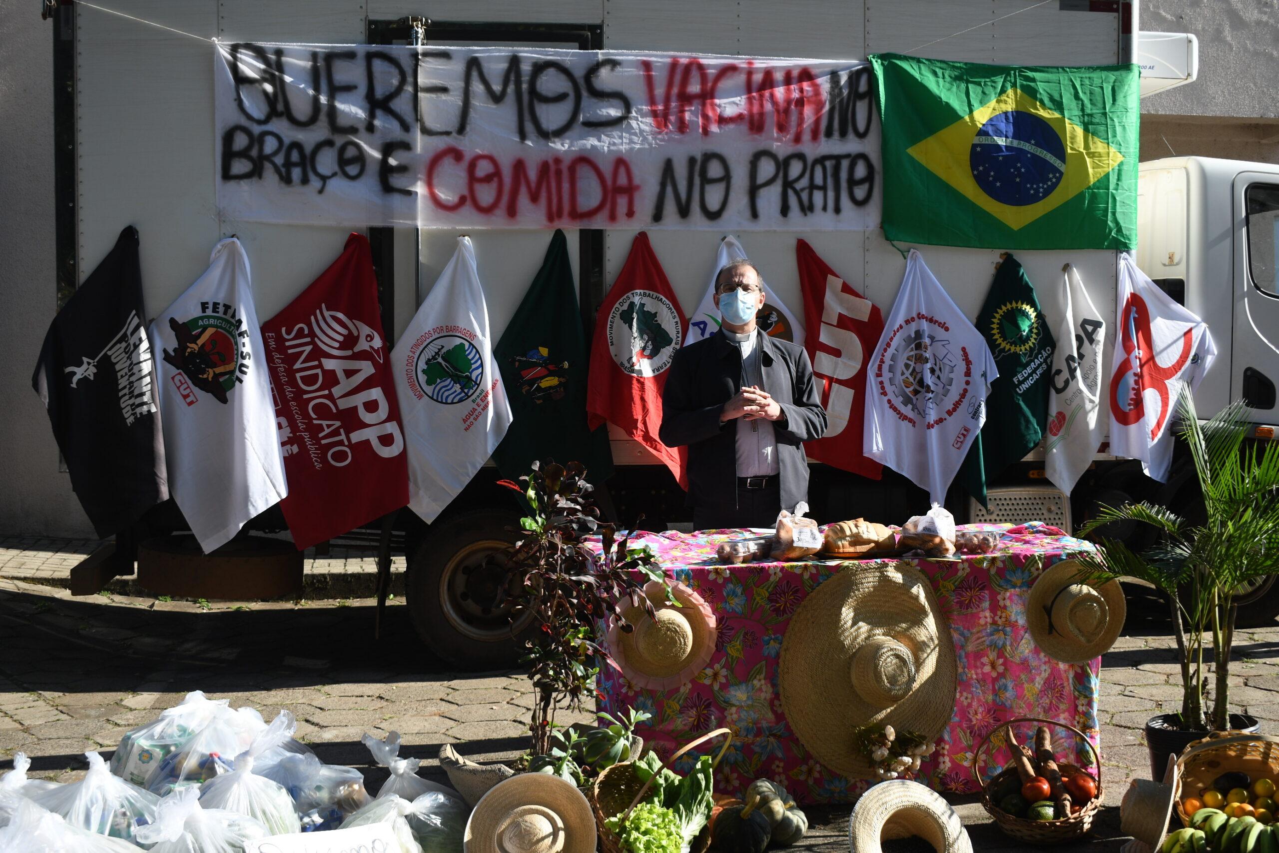 Fórum Regional do Sudoeste do Paraná entrega 7 toneladas de alimentos neste 1° de maio, dia do trabalhador e trabalhadora